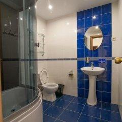 Мини-Отель Зелёный берег Стандартный номер с двуспальной кроватью (общая ванная комната) фото 4