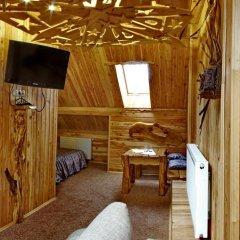 Art Hotel Vykrutasy 3* Люкс с различными типами кроватей фото 12