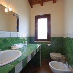 Отель Casale Madeccia Сперлонга ванная фото 2