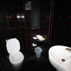 Hotel Alley 3* Улучшенный номер с двуспальной кроватью фото 17