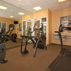 Отель Hampton Inn by Hilton Pawtucket фитнесс-зал фото 3