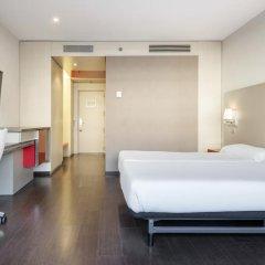 Отель ILUNION Barcelona 4* Стандартный номер с различными типами кроватей фото 20