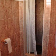 Отель O Bigode do Rato 2* Стандартный номер с 2 отдельными кроватями (общая ванная комната) фото 7