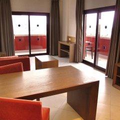Отель Ohtels Campo De Gibraltar комната для гостей фото 10