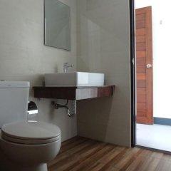 The 9th House - Hostel Улучшенный номер с различными типами кроватей фото 9