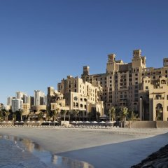 Отель Sheraton Sharjah Beach Resort & Spa пляж