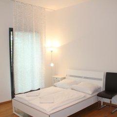 Отель Mainhatten Apartment Германия, Франкфурт-на-Майне - отзывы, цены и фото номеров - забронировать отель Mainhatten Apartment онлайн комната для гостей фото 4