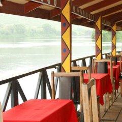 Отель Afrikiko River Front Resort пляж