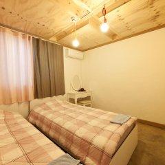 Lazy Fox Hostel Стандартный номер с 2 отдельными кроватями
