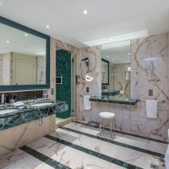 Hotel Barriere Le Majestic 5* Люкс повышенной комфортности с различными типами кроватей фото 7