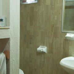 Hotel Arboledas Expo ванная