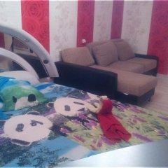 Гостиница Raiskiy Ugolok Na Prazhskoy комната для гостей фото 4