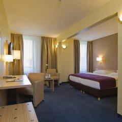 GHOTEL hotel & living Hamburg 3* Стандартный номер двуспальная кровать фото 3