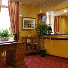 Отель Atlante Star Hotel Италия, Рим - 1 отзыв об отеле, цены и фото номеров - забронировать отель Atlante Star Hotel онлайн интерьер отеля фото 2