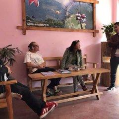 Отель Hanuman Hostel Непал, Покхара - отзывы, цены и фото номеров - забронировать отель Hanuman Hostel онлайн интерьер отеля фото 2