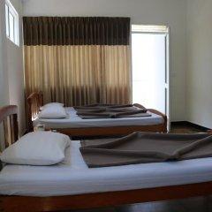 Отель Queens rest inn Номер Делюкс с различными типами кроватей фото 5