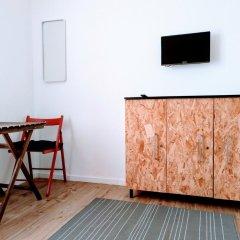 Отель Nineteen Studios Португалия, Пениче - отзывы, цены и фото номеров - забронировать отель Nineteen Studios онлайн удобства в номере