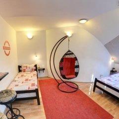 Hostel No9 Стандартный номер с 2 отдельными кроватями (общая ванная комната) фото 4