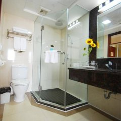 Overseas Chinese Friendship Hotel 3* Люкс с различными типами кроватей фото 8