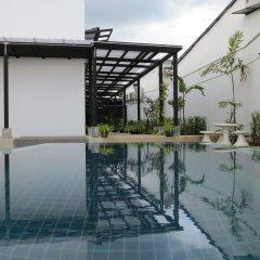 ChillHub Hostel Phuket бассейн фото 2