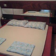 Апартаменты Apartments Marić Стандартный номер с двуспальной кроватью (общая ванная комната)