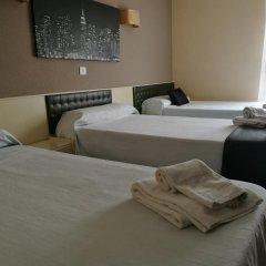Отель Hostal Isla Playa Испания, Арнуэро - отзывы, цены и фото номеров - забронировать отель Hostal Isla Playa онлайн комната для гостей фото 2