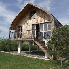 Отель Lake Shkodra Resort 3* Шале с различными типами кроватей фото 11