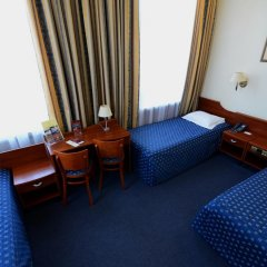 Hotel Tumski 3* Стандартный семейный номер с разными типами кроватей фото 9