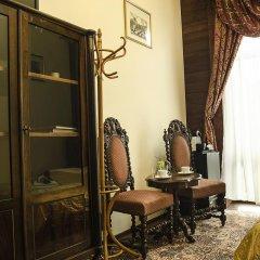 Отель Lódzki Palacyk 3* Стандартный номер с двуспальной кроватью (общая ванная комната) фото 5