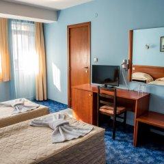 Bariakov Hotel 3* Номер Делюкс фото 8