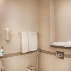 Отель Holiday Inn Express Dubai Safa Park 2* Стандартный номер с различными типами кроватей фото 4