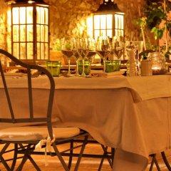 Отель Villa della Genga Country Houses Сполето гостиничный бар