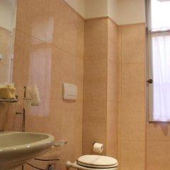 Отель ViaRoma Suites - Florence Апартаменты с различными типами кроватей фото 18