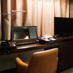 Отель Wing International Premium Tokyo Yotsuya Япония, Токио - отзывы, цены и фото номеров - забронировать отель Wing International Premium Tokyo Yotsuya онлайн удобства в номере фото 2