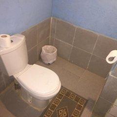 Отель Auberge Kasbah Des Dunes Марокко, Мерзуга - отзывы, цены и фото номеров - забронировать отель Auberge Kasbah Des Dunes онлайн ванная