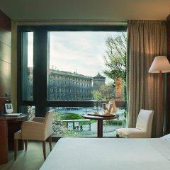 Отель UNAHOTELS Cusani Milano 4* Стандартный номер с двуспальной кроватью фото 3