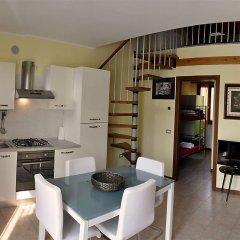 Отель Residence Onda Манерба-дель-Гарда в номере фото 2