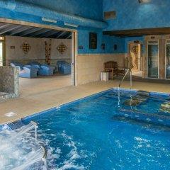Отель Mas Tapiolas Suites Natura бассейн фото 3