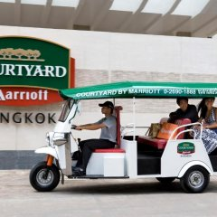 Отель Courtyard by Marriott Bangkok городской автобус