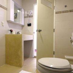 Отель Ratchadamnoen Residence 3* Стандартный номер с двуспальной кроватью фото 31
