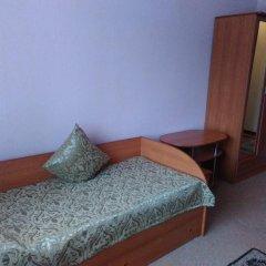 Мини-отель на Кузнечной Стандартный номер с 2 отдельными кроватями (общая ванная комната) фото 7
