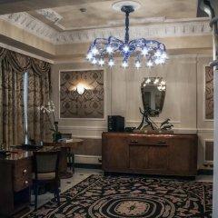 Baglioni Hotel Carlton 5* Номер Делюкс с двуспальной кроватью фото 8