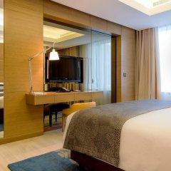 Отель Towers Rotana Классический номер с различными типами кроватей фото 12