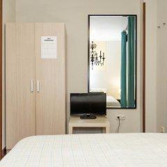 Отель Pensión Goiko Сан-Себастьян удобства в номере