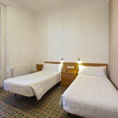 Отель Pensión Peiró 3* Стандартный номер с 2 отдельными кроватями (общая ванная комната) фото 3