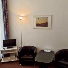 Hotel Meran 3* Стандартный номер с двуспальной кроватью фото 11
