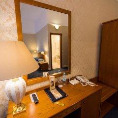Гранд Отель Украина 5* Стандартный номер с двуспальной кроватью фото 8