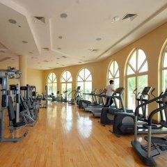 Отель Jash Falqa фитнесс-зал