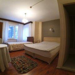 Отель Berk Guesthouse - 'Grandma's House' 3* Стандартный семейный номер с двуспальной кроватью фото 2