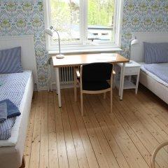 Отель Alvnara Bed & Breakfast Швеция, Карлстад - отзывы, цены и фото номеров - забронировать отель Alvnara Bed & Breakfast онлайн комната для гостей фото 5